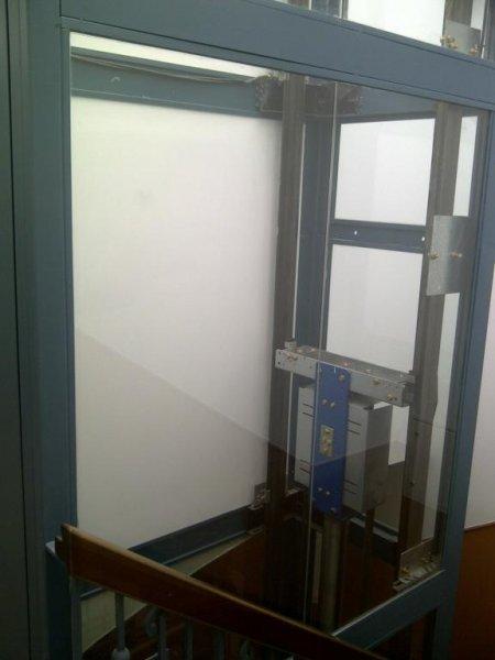 Cerramientos interiores cristaleria galindo teruel for 20 x 32 cabina con soppalco