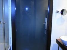 puerta-de-interior-vidrio-templado-10mm-matesistema-corredero-escondidofoto4.jpg