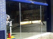 puerta-automatica-de-vidrio-laminado-55.jpg